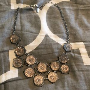 Jewelry - Silver Chunky Short Necklace